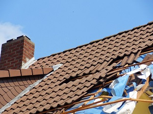 How to Make Sure Your Roof Can Survive A Storm